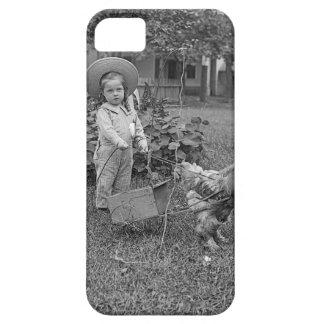 Capas Para iPhone 5 1880's carro adorável da menina e do galo no