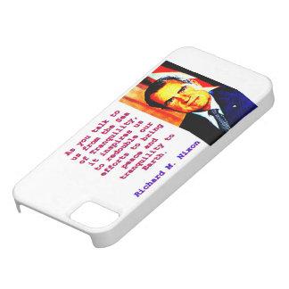 Capas Para iPhone 5 Como você nos fala - Richard Nixon