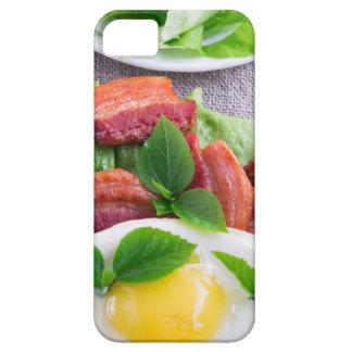 Capas Para iPhone 5 Gema, bacon fritado, ervas e fim-acima da alface