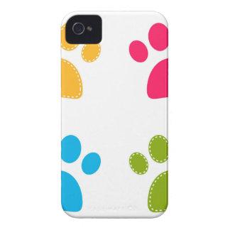 Capinha iPhone 4 As patas maravilhosas dos cães coloriram a edição