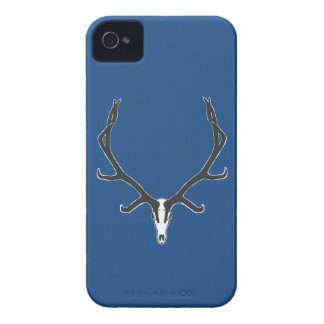 Capinha iPhone 4 Montagem européia do crânio dos alces de Bull, bw