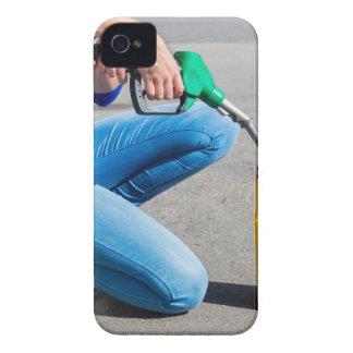 Capinha iPhone 4 O amarelo de enchimento da mulher pode com