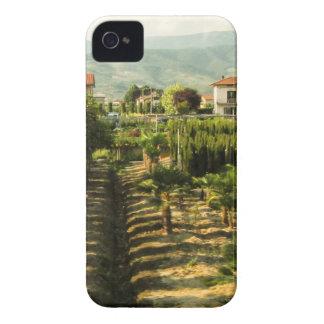 Capinha iPhone 4 Vinho crescente no impressão da foto de Toscânia