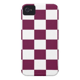 Capinhas iPhone 4 Borgonha e tabuleiros de damas brancos