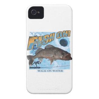 Capinhas iPhone 4 Caminhada em walleye da água
