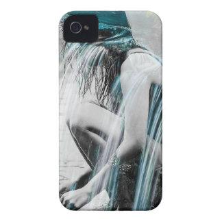 Capinhas iPhone 4 Menina na cachoeira