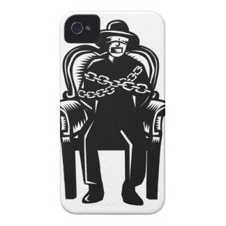 Capinhas iPhone 4 O homem amordaçou acorrentado ao Woodcut grande da
