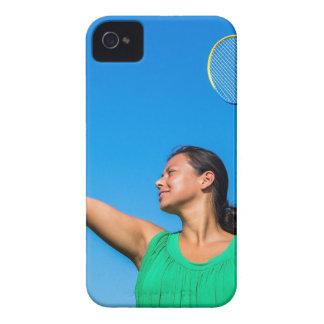 Capinhas iPhone 4 Saque colombiano da mulher com raquete de