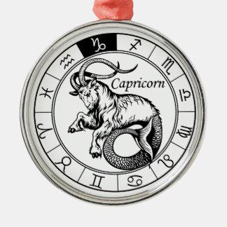 capricorn ornamento redondo cor prata