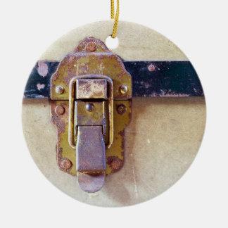 Captura gasta no ornamento cerâmico do caso velho