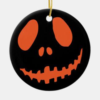 Cara de sorriso da abóbora ornamento de cerâmica redondo