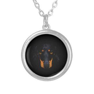Cara do cão do Dachshund no preto Bijuterias