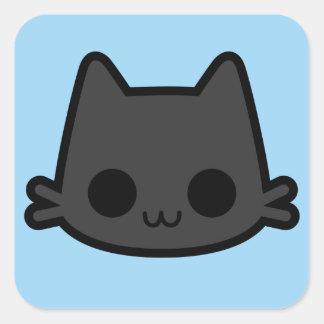 Cara feliz do gato preto no azul adesivo quadrado