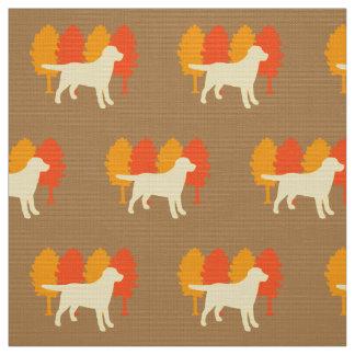 Caramelo amarelo das árvores do outono do esboço tecido