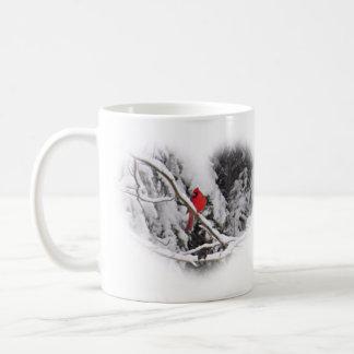 Cardeal do coração da neve - pássaro caneca de café