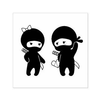 Carimbo Auto Entintado Pares de Ninja, um menino e uma menina
