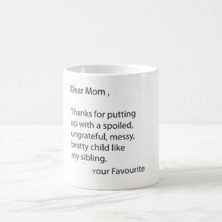 Caros obrigados da mamã para pôr acima da caneca