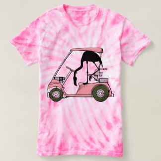Carro de golfe engraçado do flamingo camiseta