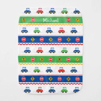 Carros coloridos customizáveis bonitos dos desenho fraldinha de boca