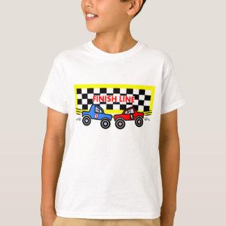 Carros de corridas dos desenhos animados no meta camiseta