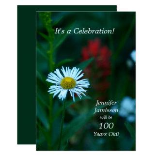 Cartão 100 anos de festa de aniversário idosa convidam a