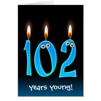 Cartão 102nd velas do aniversário no preto