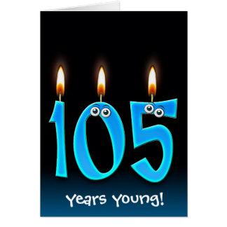 Cartão 105th velas do aniversário no preto