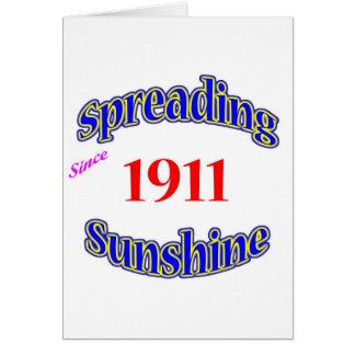 Cartão 1911 luzes do sol de espalhamento