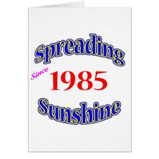 Cartão 1985 luzes do sol de espalhamento