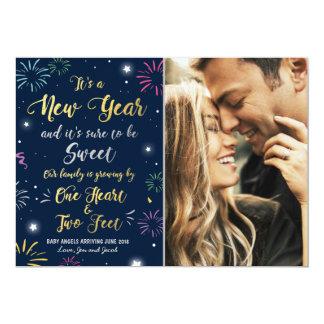 Cartão 2018 do anúncio da gravidez do ano novo