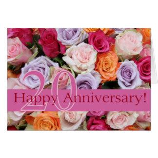 Cartão 20os rosas felizes do aniversário