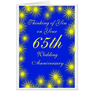 Cartão 65th Estrelas do amarelo do aniversário de