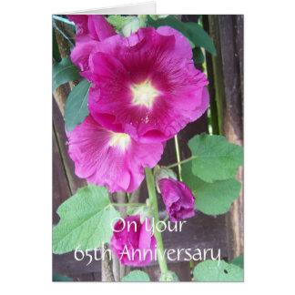 Cartão 65th Hollyhocks do roxo do aniversário de