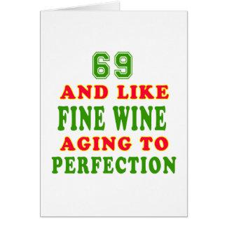 Cartão 69 e como o design do aniversário do vinho fino