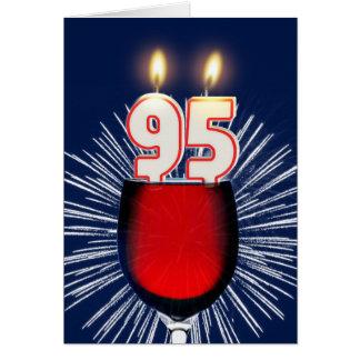 Cartão 95th Aniversário com vinho e velas