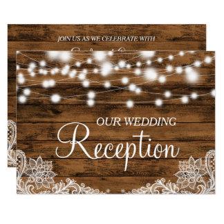 Cartão A corda ilumina a recepção de casamento da madeira