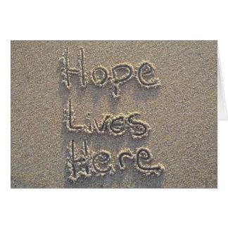 Cartão A esperança vive aqui
