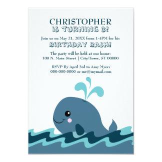 Cartão A festa de aniversário azul temático da baleia