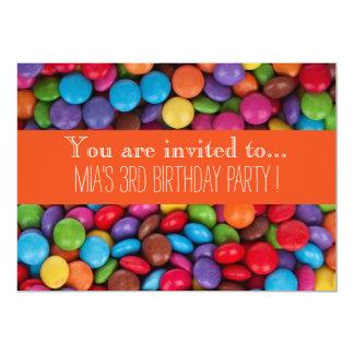 Cartão A festa de aniversário do miúdo do chocolate dos