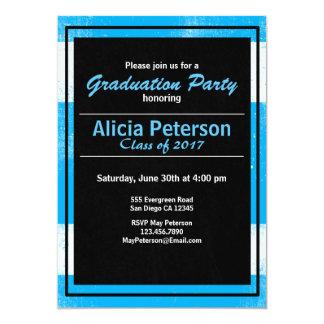 Cartão A festa de formatura preta & azul Textured convida