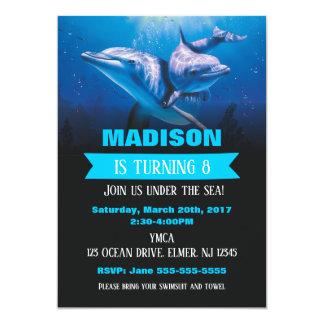 Cartão A festa na piscina de Invitaion do aniversário do