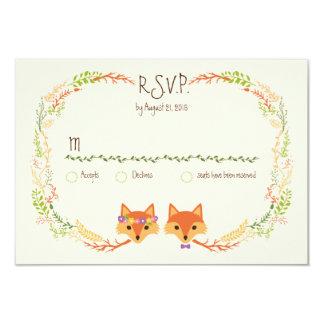 Cartão A floresta lunática Foxes o marfim RSVP do