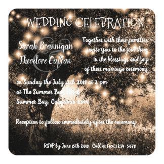 Cartão A noite do carvalho do vintage ilumina o casamento