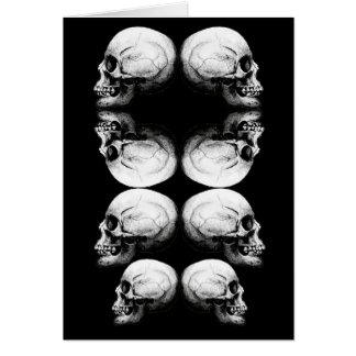 Cartão A obscuridade avançada do perfil do crânio protege