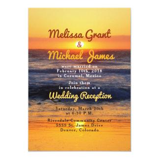 Cartão A recepção de casamento do cargo da praia do por