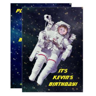 Cartão Adicione o aniversário do espaço do astronauta da