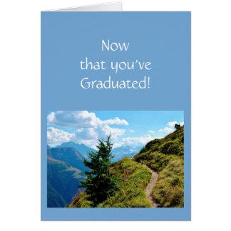 Cartão Agora que você se graduou sobre o mundo