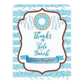 Cartão Agradece a um obrigado azul da rosquinha do grupo