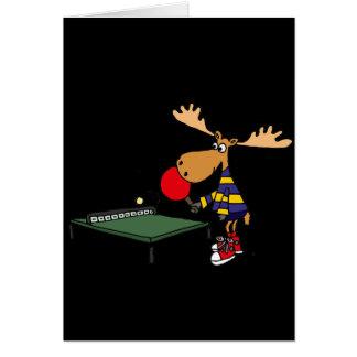 Cartão Alces engraçados que jogam desenhos animados do