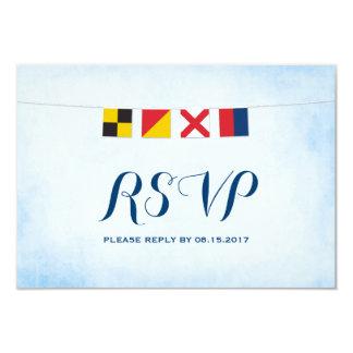 Cartão AMOR no azul náutico da nuvem das bandeiras RSVP